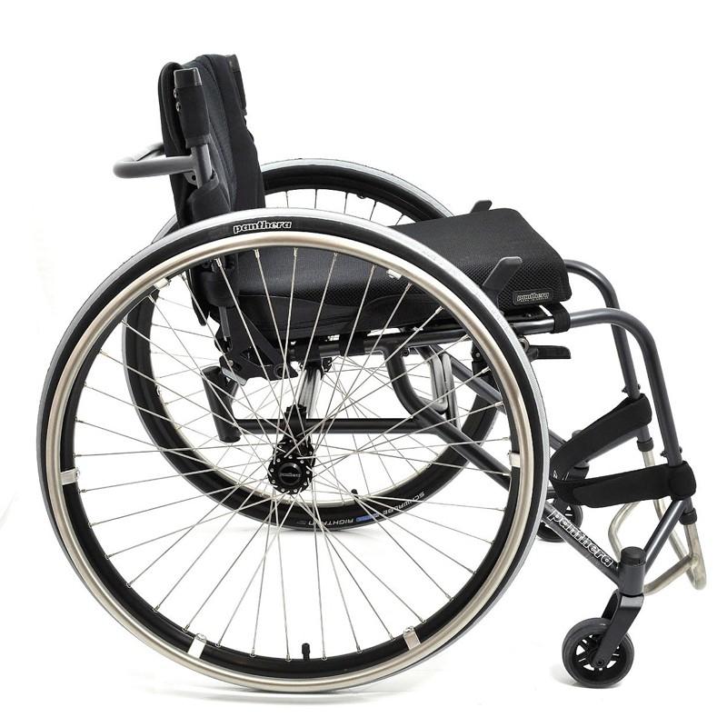 Silla de ruedas ligera Panthera U3