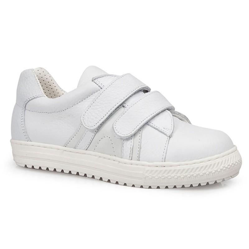 Zapato Deportivo con Velcro de Horma Recta