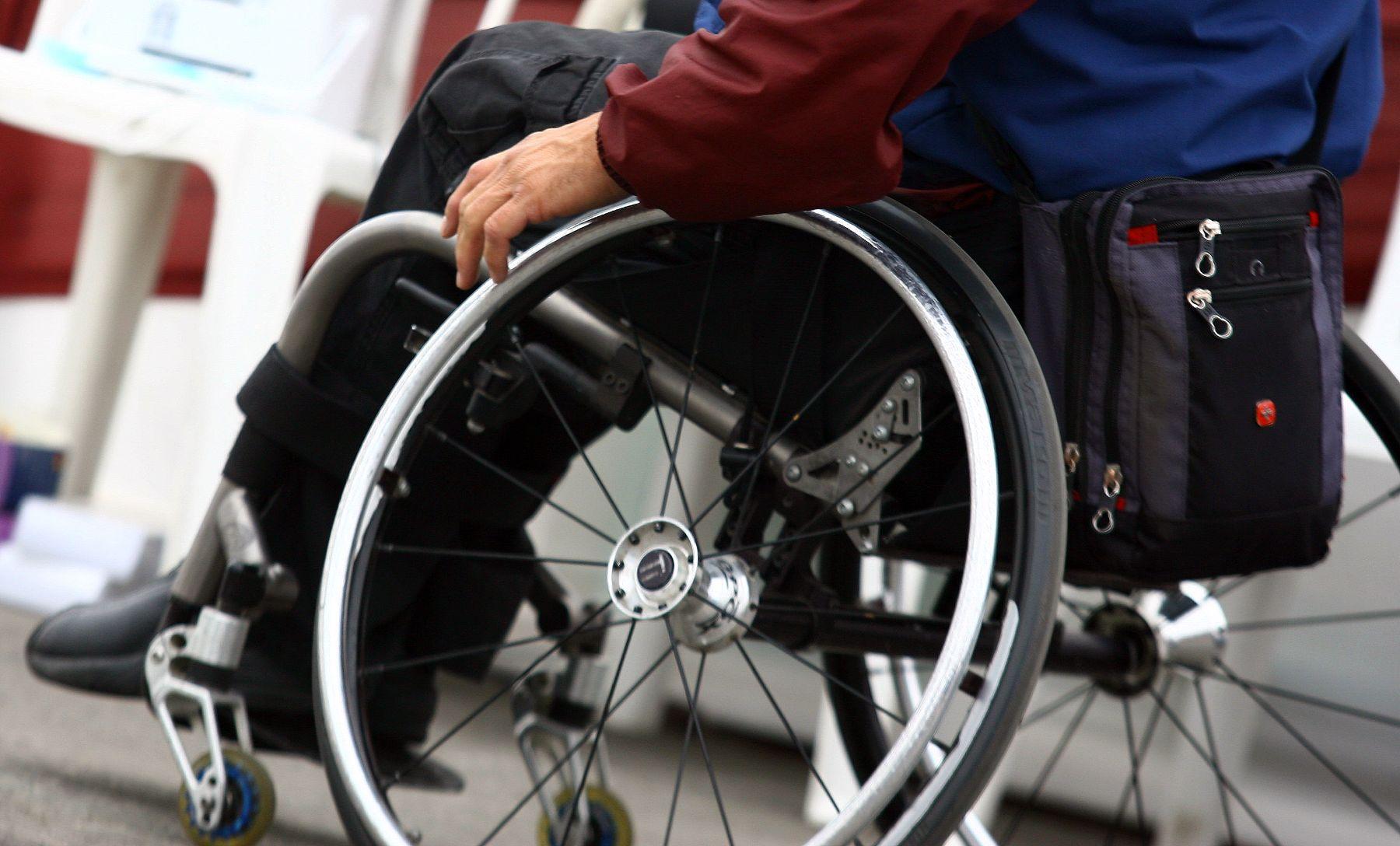 Complementos silla de - Silla de ruedas de transferencia plegable y portatil ...