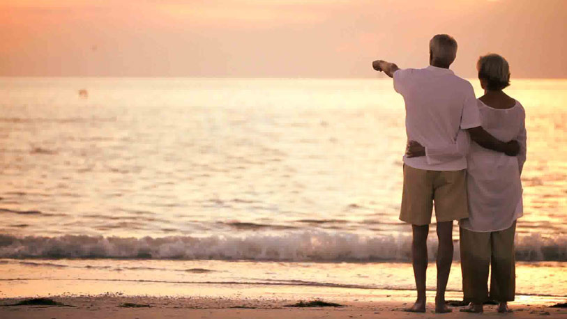Precauciones en la playa para nuestros mayores