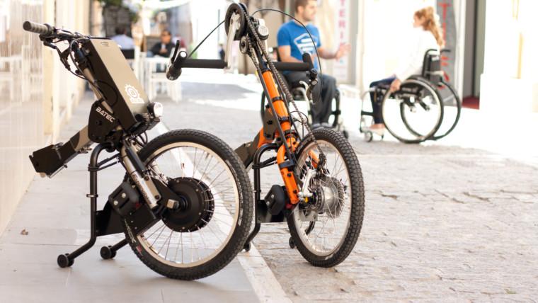 Handbike – El Complemento que Transforma tu Silla de Ruedas