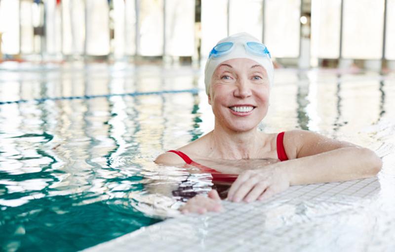 Grúa para piscina Pool E-185: principales ventajas y aplicaciones