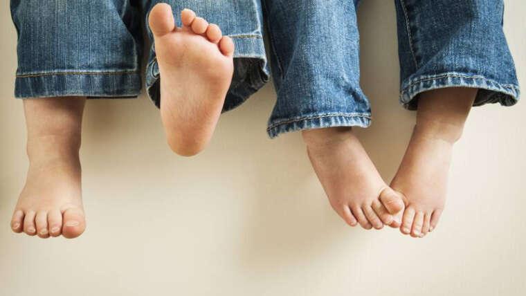 5 Tips para escoger el calzado ortopédico para niños con pies planos