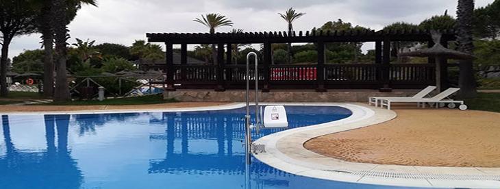 Grúa de piscina discapacidad
